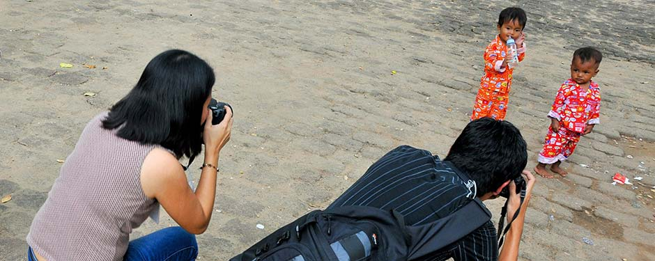 Ask permission before taking photos of children | Child Safe Tourism